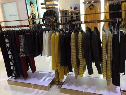 武汉汉正街尾货服装批发市场如何进货?