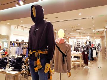 品牌服装尾货_广州品牌尾货服装批发市场有哪些批发攻略